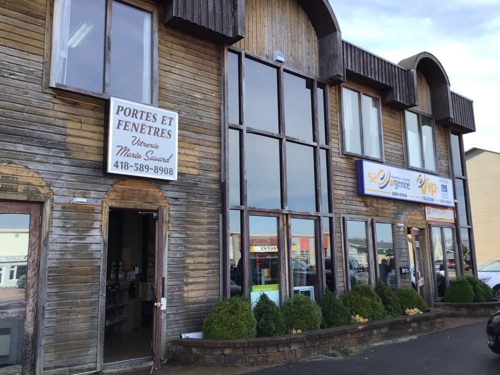 Construction en bois: Centre commercial (Baie-Comeau) - Alliance Forêt Boréale